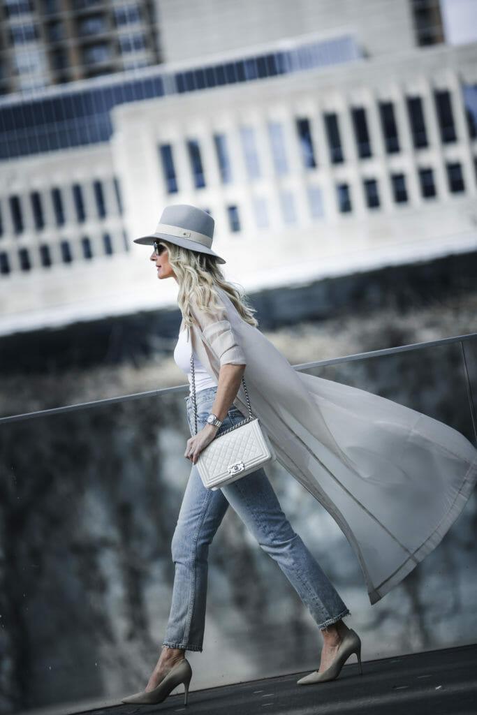 Heather Anderson, Rag and Bone hat, white chanel boy bag