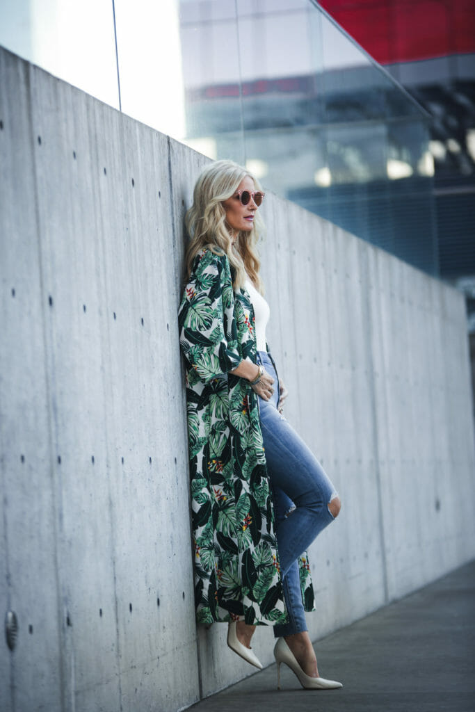 Heather Anderson wearing Rachel Zoe's Box of style spring duster