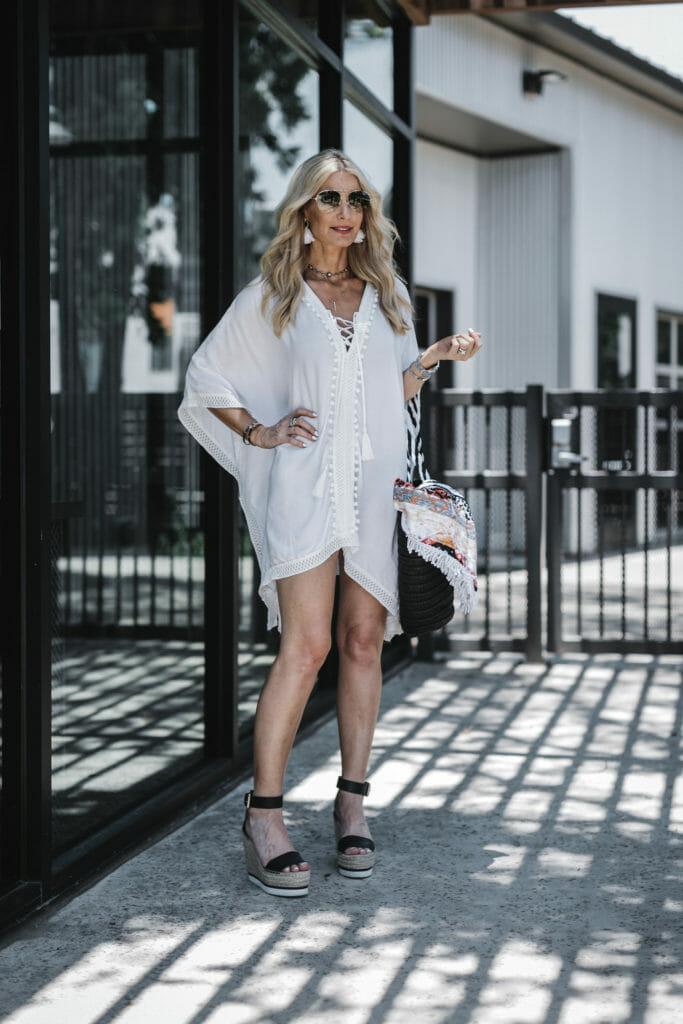 Dallas fashion blogger wearing Rachel Zoe's white cover up