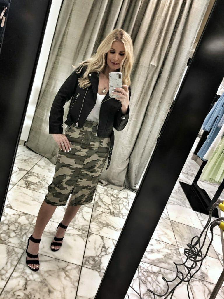 Dallas blogger wearing a camo midi skirt
