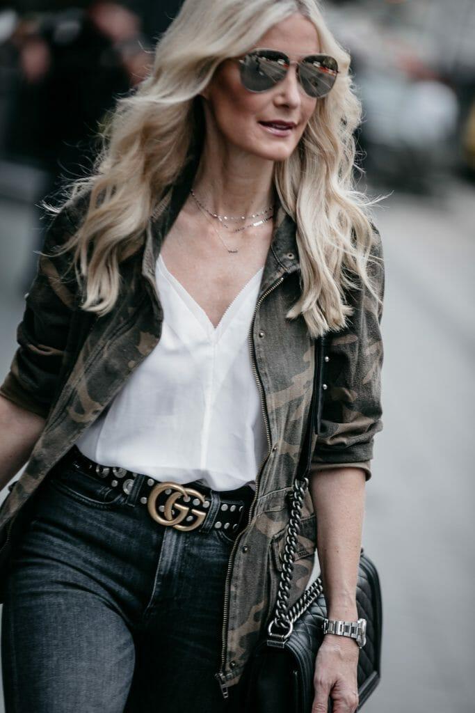 Dallas blogger wearing Blanknyc Camo jacket