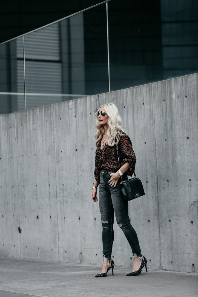 Dallas style blogger carrying a Chanel Boy Bag