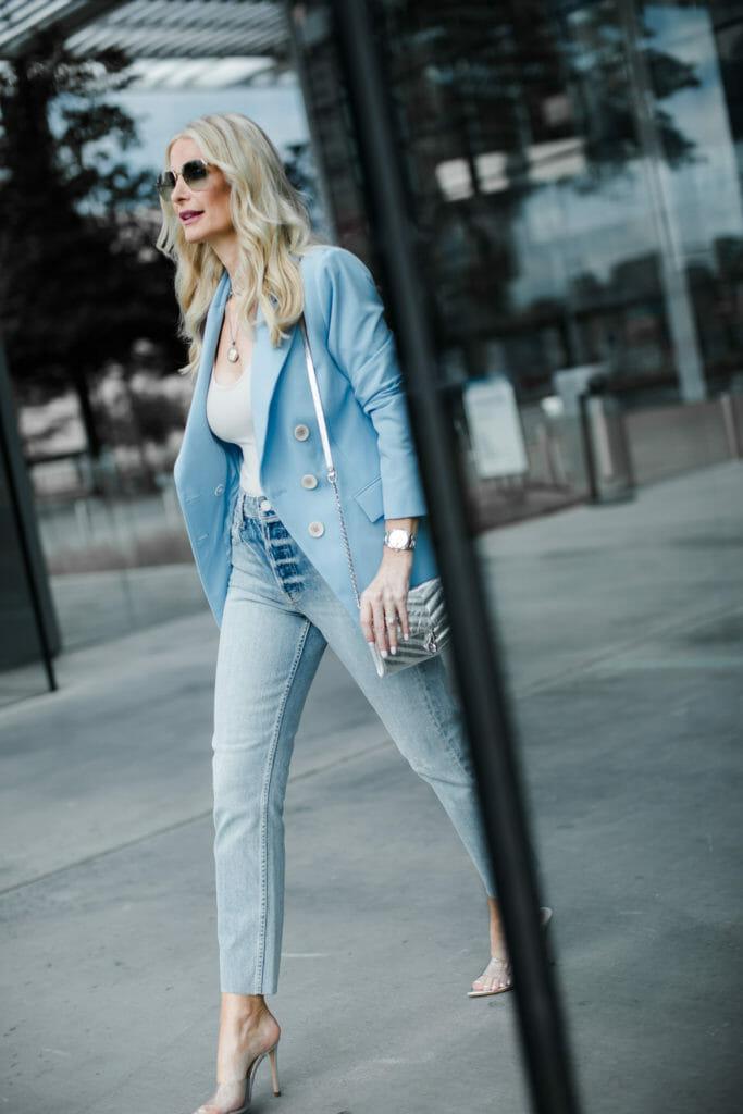 Dallas fashion blogger wearing a blue blazer and Trave denim