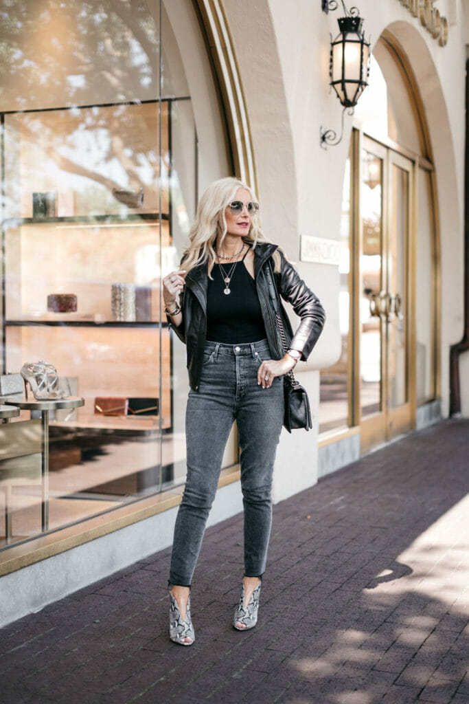 Dallas influencer wearing a black leather jacket