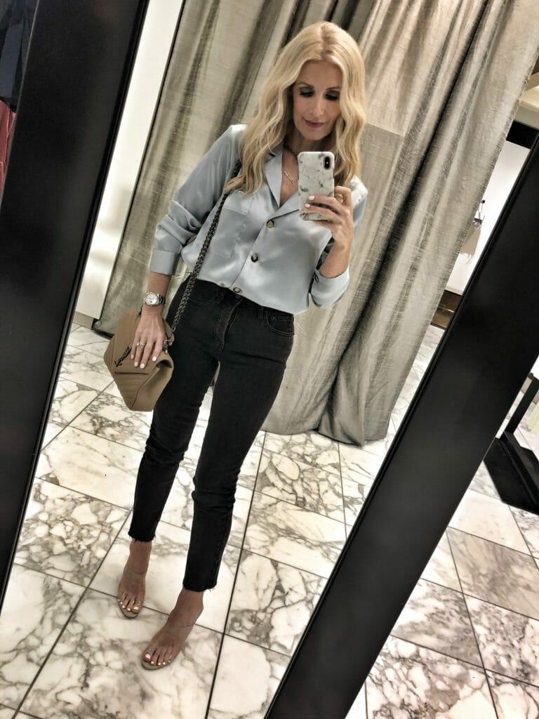 Dallas fashion blogger wearing Something Navy jeans