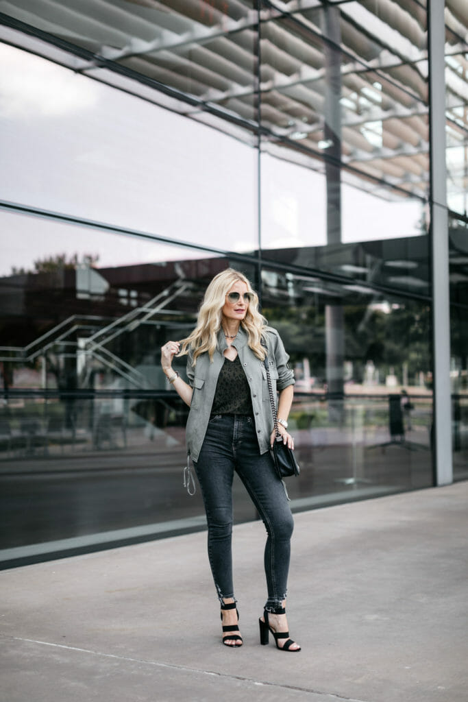 Dallas fashion blogger wearing an army jacket and Topshop gray skinny jeans