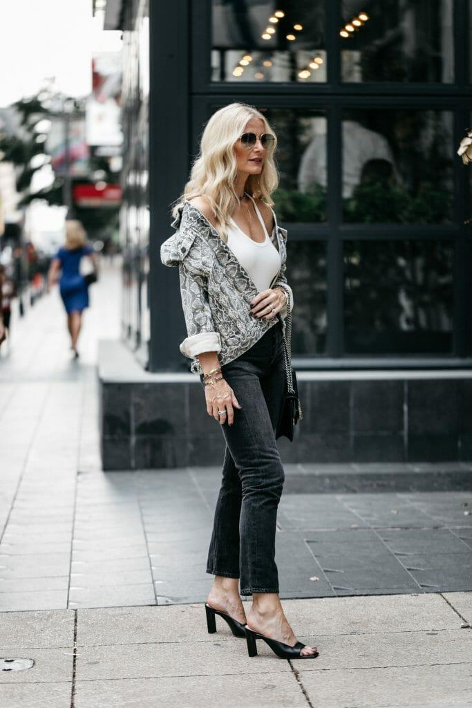 Dallas style blogger wearing a snakeskin jacket