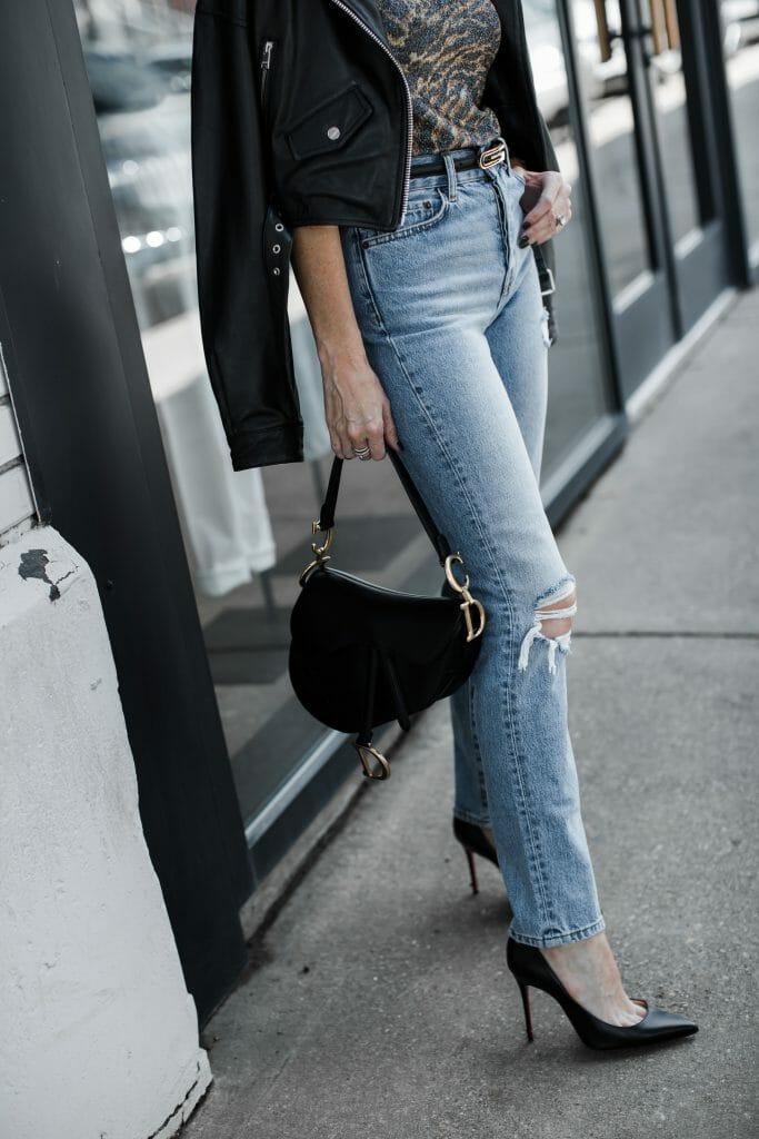 Dallas blogger wearing Anine Bing jeans