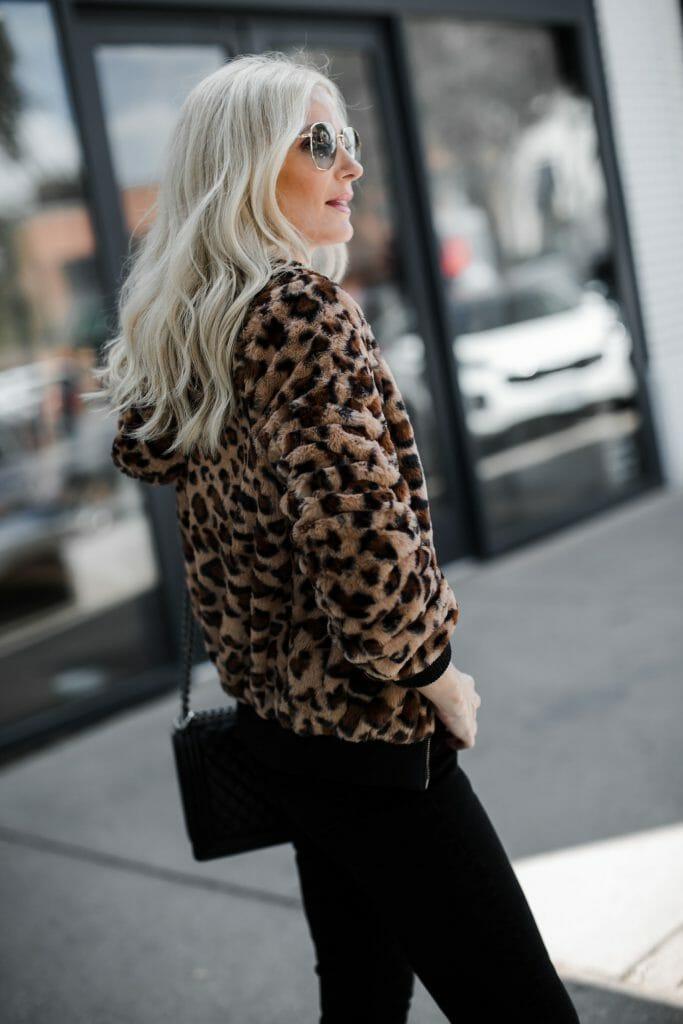 Dallas blogger wearing a leopard teddy bear jacket