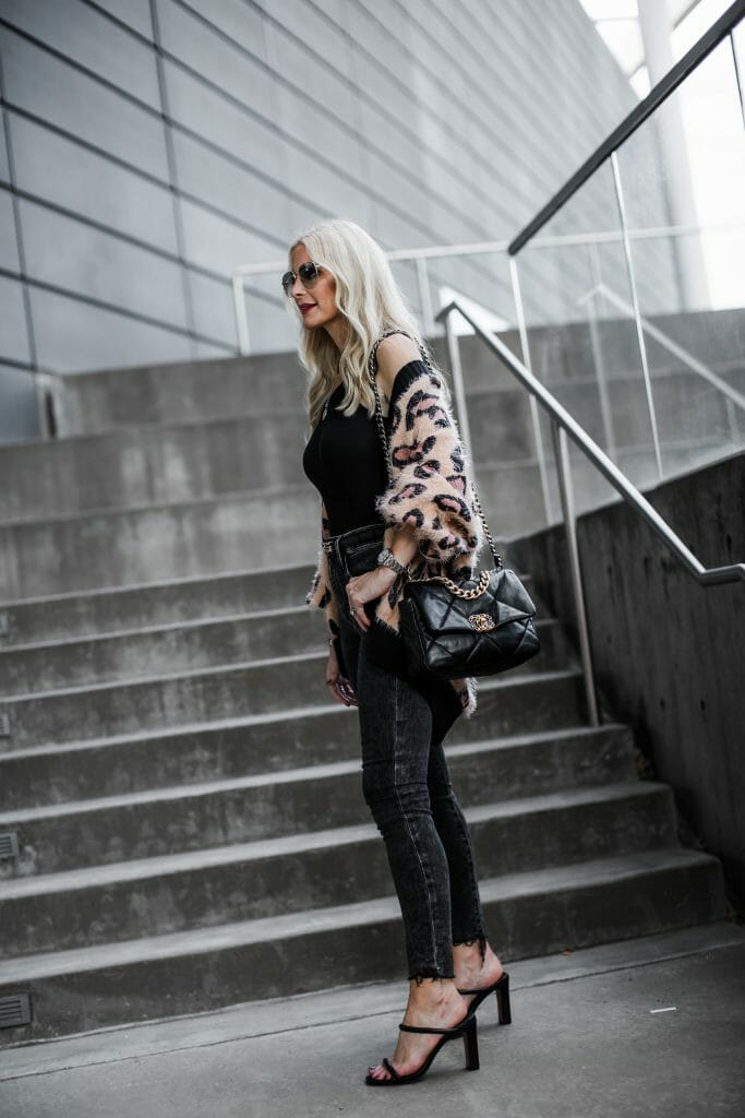 Dallas Fashion Blogger Wearing Frame Denim