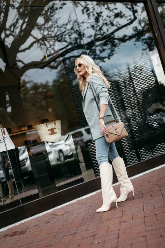 Dallas blogger wearing Schutz knee high boots