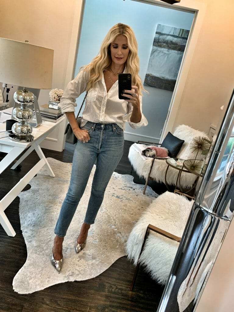 Dallas influencer wearing a white button down with denim