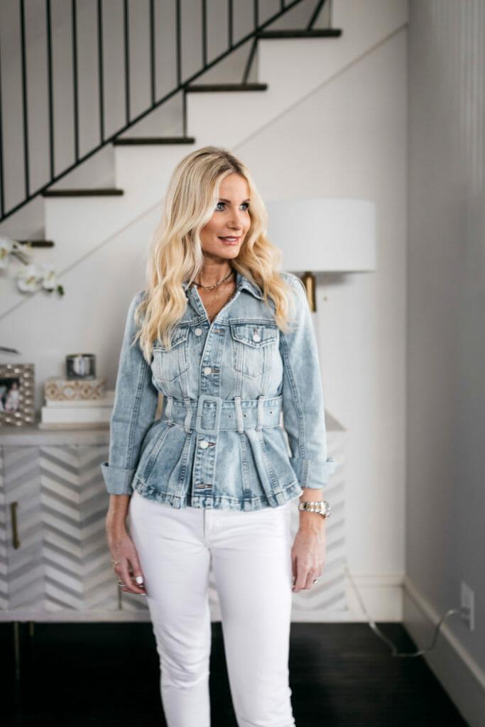 Dallas blogger wearing a denim jacket