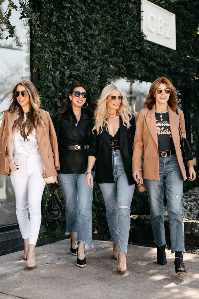 Dallas style bloggers wearing blazers with jeans