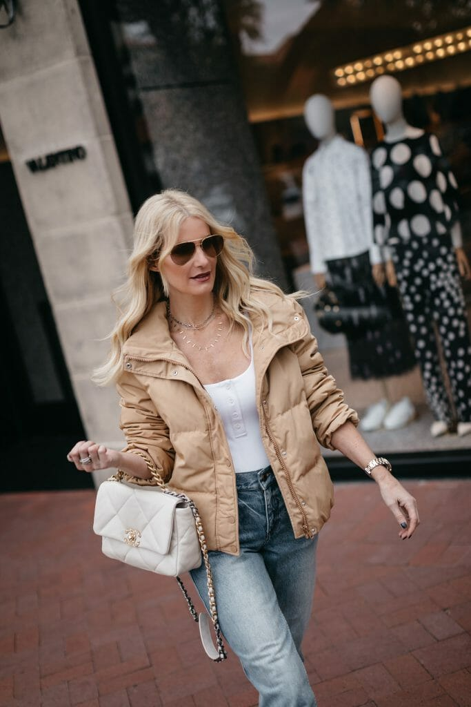 Dallas fashion blogger wearing a puffer jacket and jeans