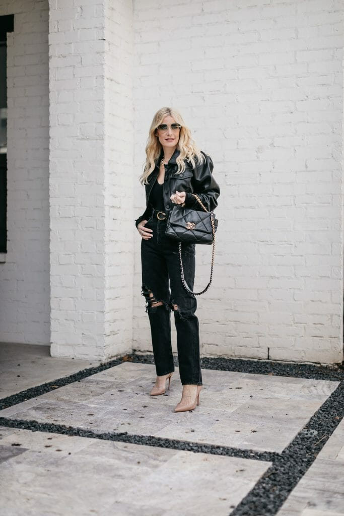 Dallas blogger wearing a Blanknyc jacket with puff sleeves and jeans
