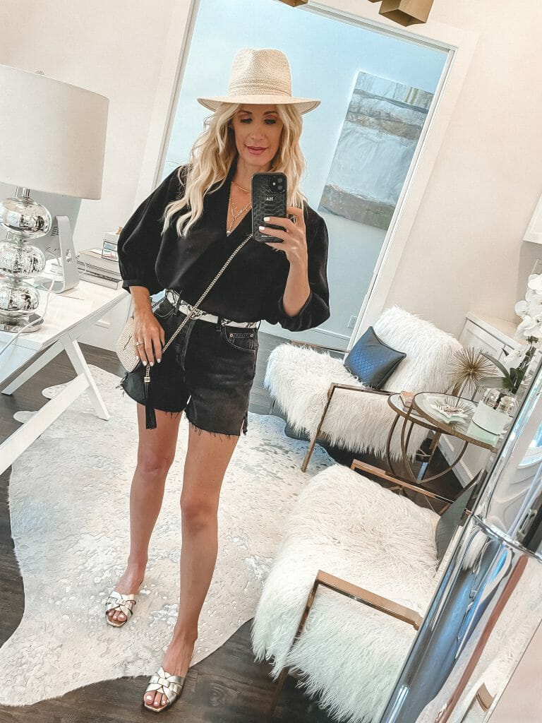 Dallas blogger So Heather a black top and black denim shorts for summer